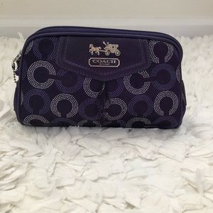 NWOT. Coach Cosmetic Pouch 💄